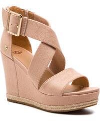 859736f03 Ružové semišové zimné topánky s vnútornou kožušinkou UGG Bailey Bow ...