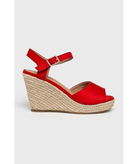 9e4e338352636 Červené Dámske topánky na platforme | 150 kúskov na jednom mieste ...