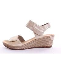 1ab1d9b460c38 Zlaté Dámske sandále na platforme | 20 kúskov na jednom mieste ...