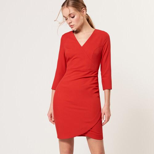 fc0d30d8d Mohito - Elegantné šaty s prekladaným výstrihom - Červená - Glami.sk