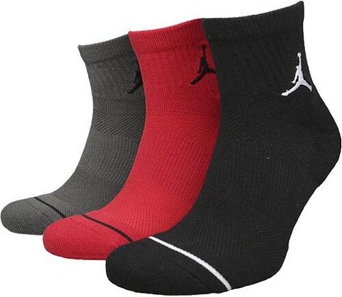 4eb2b57ba Jordan Ponožky JUMPMAN QTR 3PPK BLACK/UNIVERSITY RED/RIVER ROC ...
